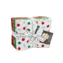Holiday Essentials Christmas Fat Quarter Bundle