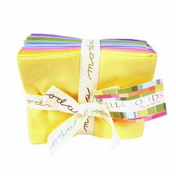 Bella Solids Fat Quarter Bundle in 30's Colors