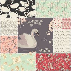 Hello Ollie Organic Fat Quarter Bundle in Herb Garland