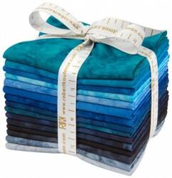 Artisan Batiks: Prisma Dyes, Open Waters Colorstory Fat Quarter Bundle