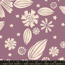 Zinnia in Lilac